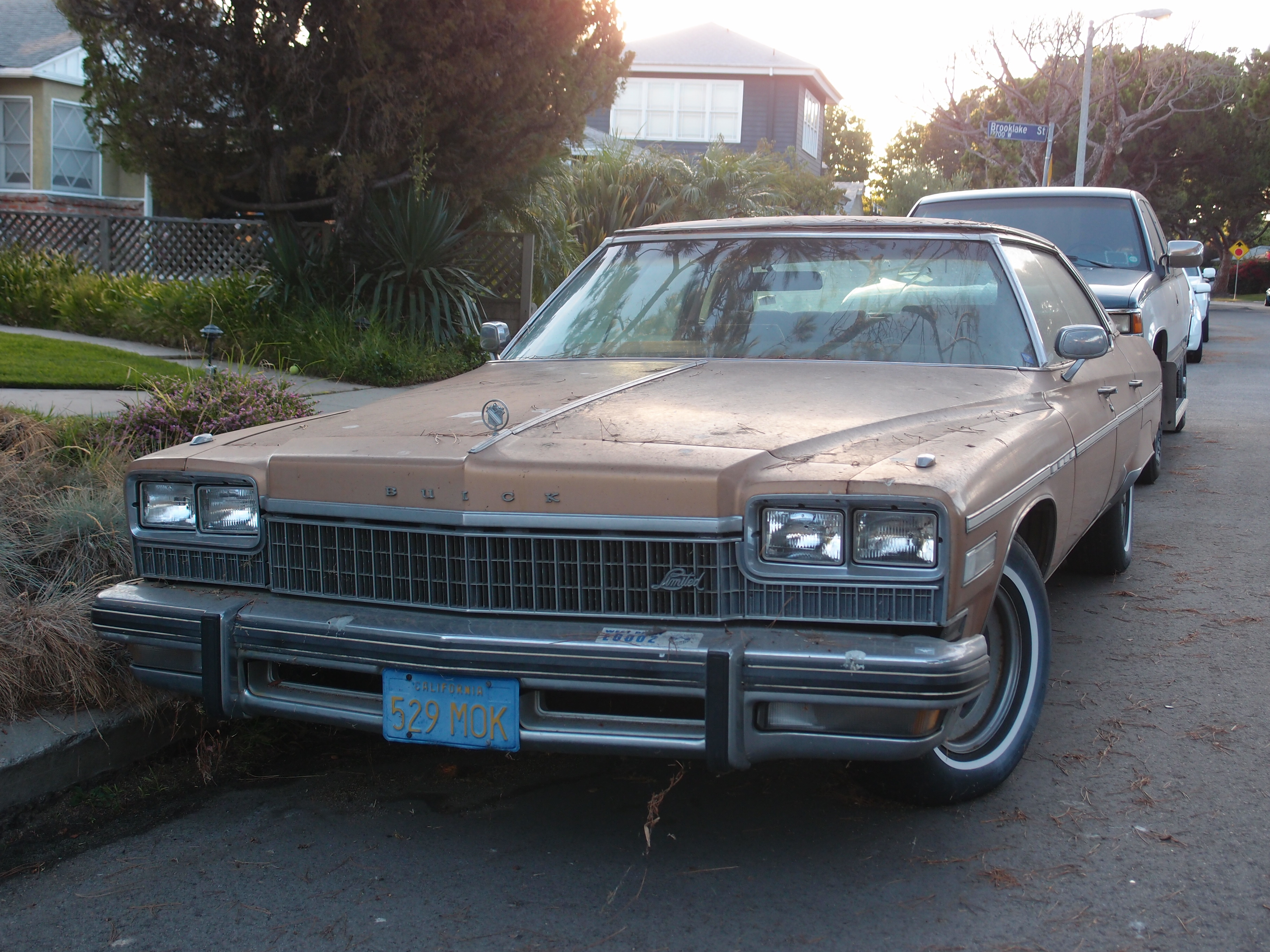 P on 1975 Buick Lesabre